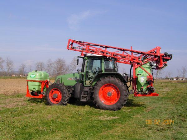 Pulvérisateur porté 24 mètres 1900 litres