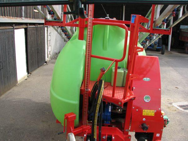 Pulvérisateur 24 mètres 4200 litres